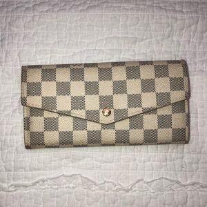 Handbags - Cream/grey checkered wallet